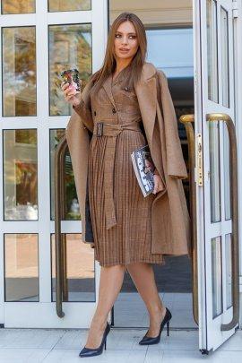 Сукня-піджак зі спідницею плісе