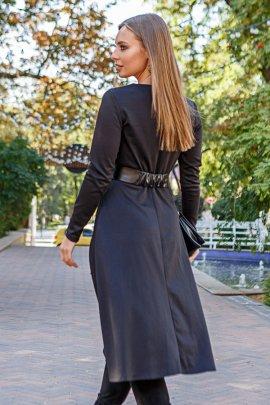 Трикотажна сукня з ременем