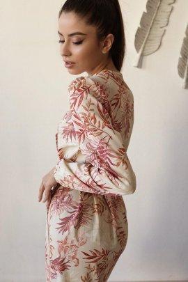 Легка сукня з рюшів