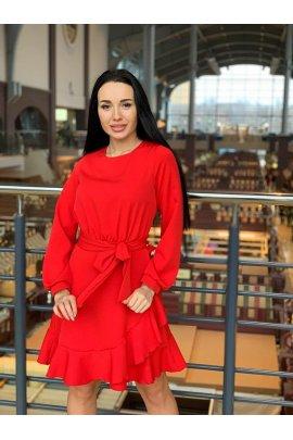 Кокетливое платье с рюшей