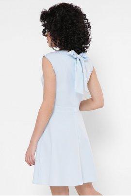 Платье в горох с вырезом на спинке