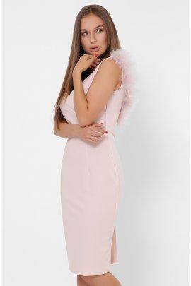 Коктельна сукня з пір'ям