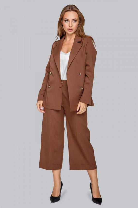 Костюм: піджак и брюки-кюлоты